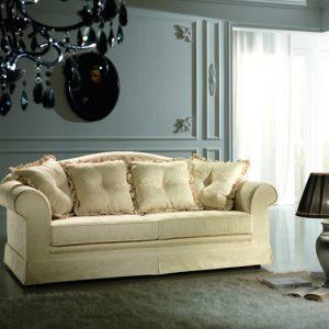 Esposizione divani | Divani e divani letto in promozione | Treglia ...